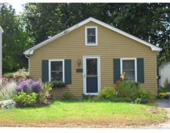 40 Oak Hill Rd., $210,000; 2 beds, 1 bath, sold on June 27, sold by Westford Real Estate
